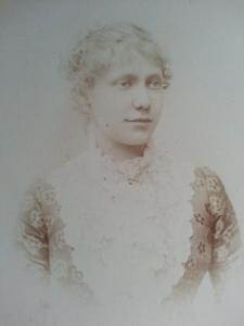 Touret, Joséphine Marguerite Adrienne (sosa 15)